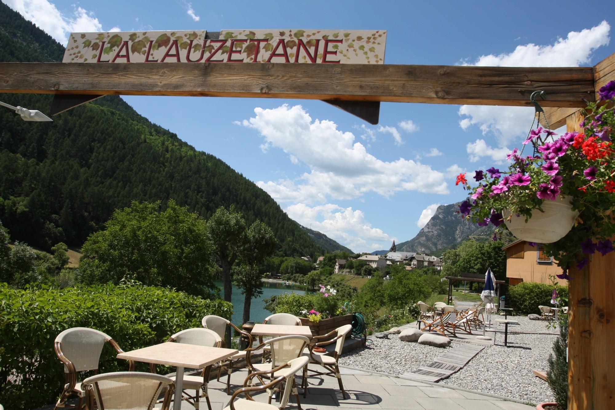 hotel avec terrasse alpes de haute provence