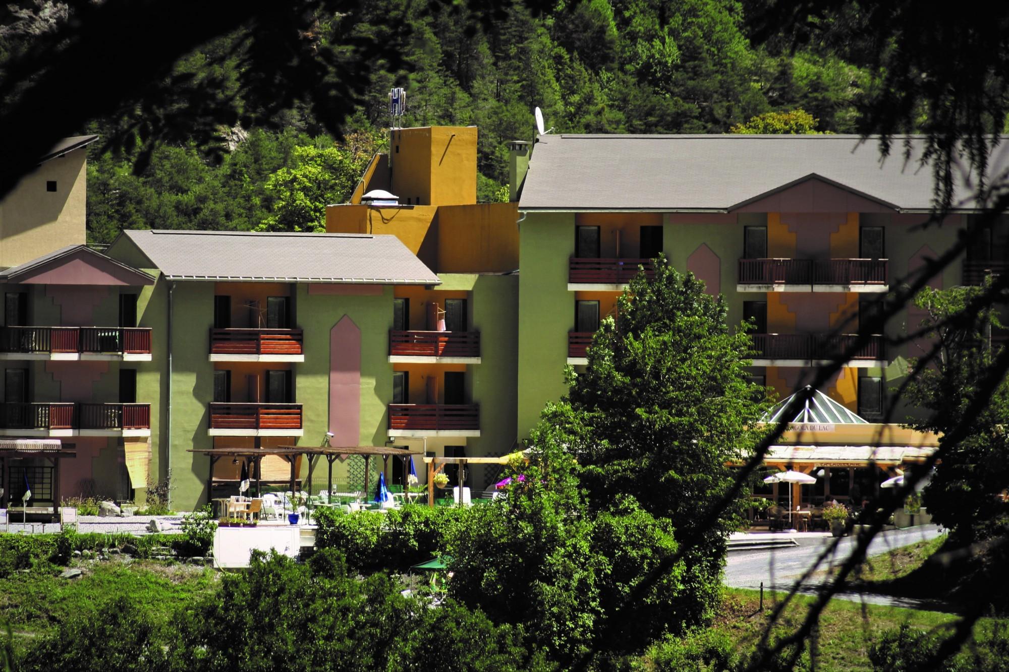 hôtel tranquille et calme à la montagne