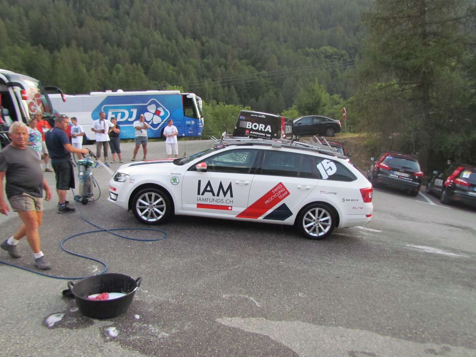 Team Iam Cycling