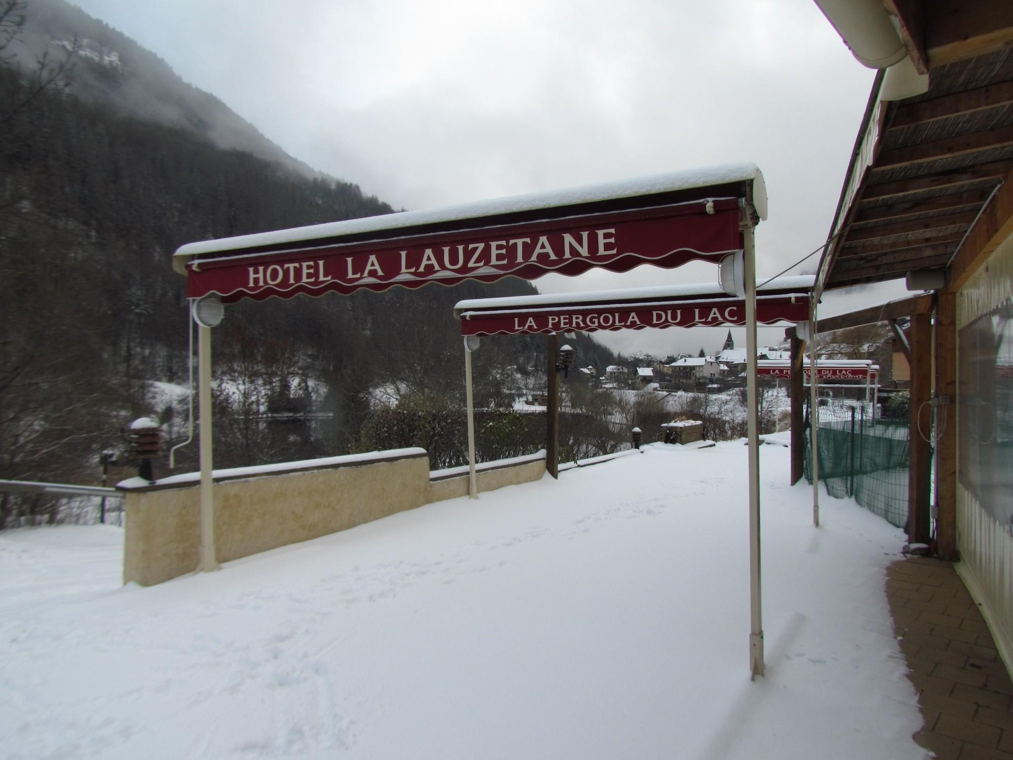 La Lauzetane sous la neige !