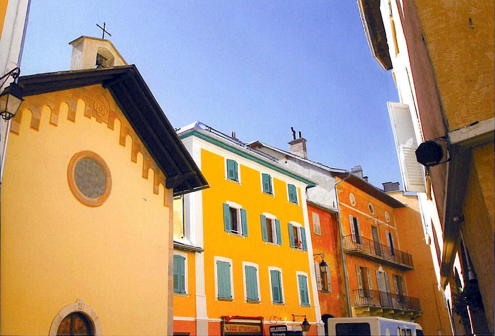 Maisons colorées de Barcelonnette